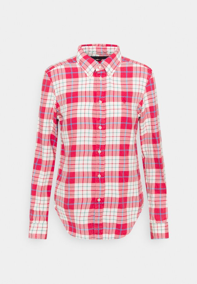 GEORGIA LONG SLEEVE - Button-down blouse - faded red