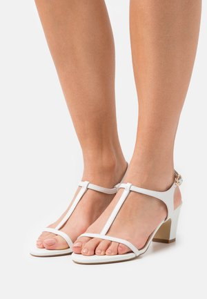 JAYCY - Sandals - white