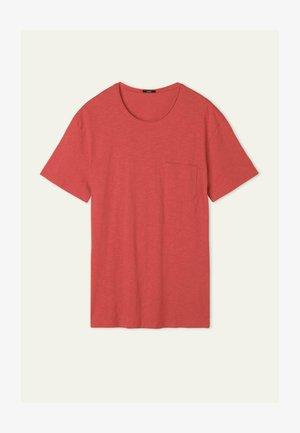 MIT BRUSTTASCHE - Basic T-shirt - red summer