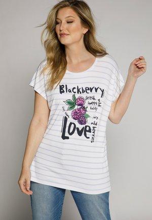 BLACKBERRY LOVE - Print T-shirt - light lilac stripe