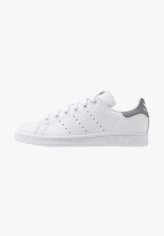 STAN SMITH - Sneakers basse - footwear white/grey three