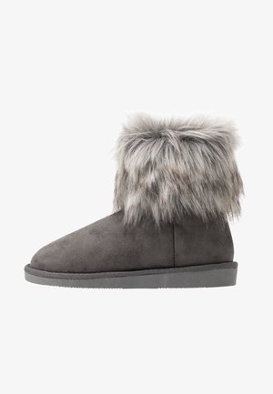 VMKENNALO BOOT - Classic ankle boots - frost gray