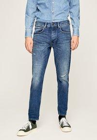 Pepe Jeans - CALLEN  - Straight leg jeans - blue denim - 0