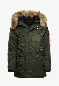 Alpha Industries - AIRBORNE - Winter coat - dark green - 8