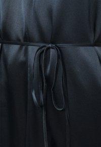 Club Monaco - DOUBLE SLIP DRESS - Pouzdrové šaty - navy - 4