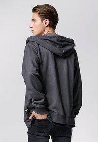 Tigha - RUVEN - Zip-up hoodie - vintage stone grey - 2