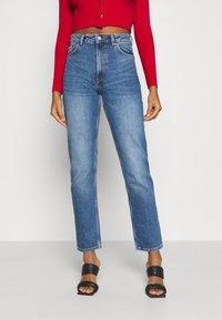 Monki - MOLUNA JEANS - Straight leg jeans - blue medium dusty - 0