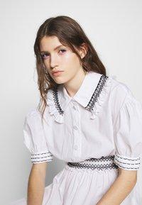 Vivetta - DRESSES - Abito a camicia - white - 3