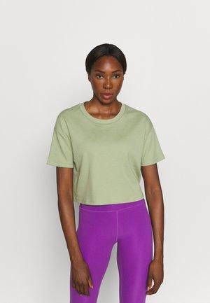 DROP SHOULDER BOXY - T-shirt basique - green