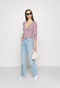 Monki - Langærmede T-shirts - lilac/purple dusty light - 1