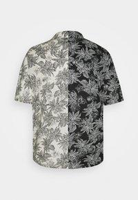 Sixth June - TROPICAL - Shirt - black/white - 1