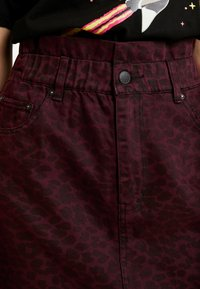 ZIGGY Denim - CINCH IT SKIRT - Denim skirt - wine