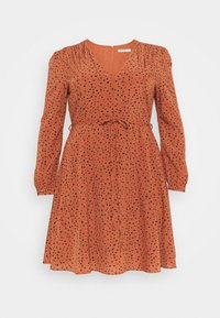 Glamorous Curve - LONGSLEEVE TEA DRESS - Day dress - rust/black