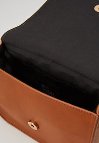 Even&Odd - Across body bag - cognac - 2