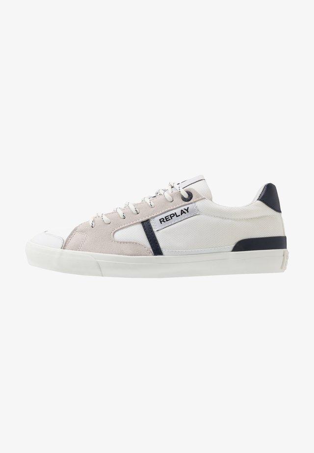 LAMPARD - Sneakersy niskie - white