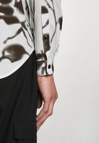 The Kooples - Overhemd - off white/black - 6
