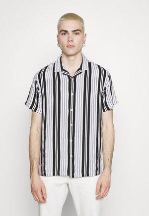 ESKER - Skjorte - optic white/jet black