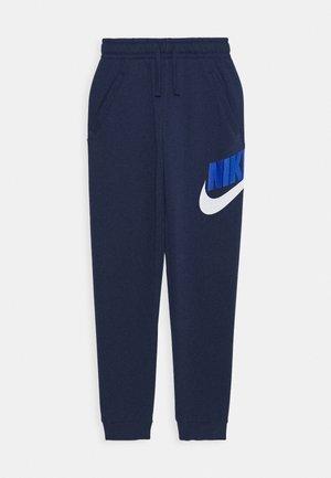CLUB PANT - Pantalones deportivos - midnight navy