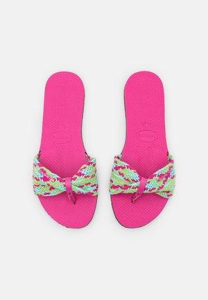 YOU TROPEZ  - T-bar sandals - pink flux