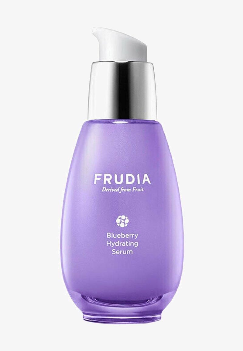FRUDIA - BLUEBERRY HYDRATING SERUM - FEUCHTIGKEITSSPENDENDES HEIDELBEER-S - Serum - -