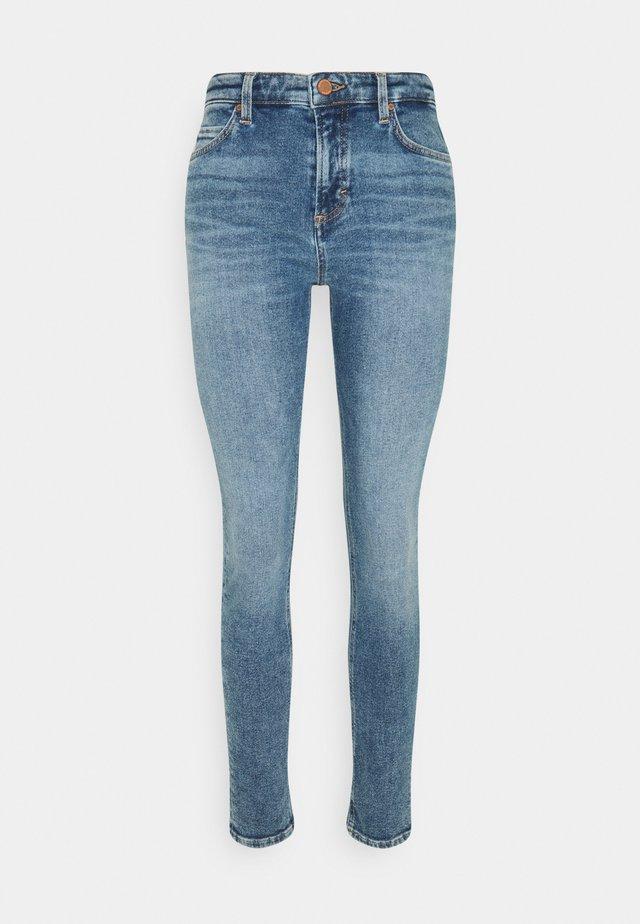 KAJ - Skinny džíny - authentic mid blue