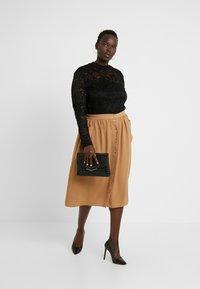Anna Field Curvy - Långärmad tröja - black - 1