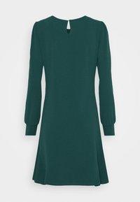 Vero Moda - VMJASMINE BUTTON DRESS - Jerseyklänning - ponderosa pine - 1