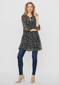 Vero Moda - VMWONDA TUNIC - Day dress - black - 1