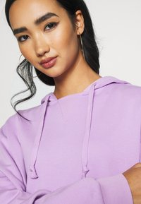 KENDALL + KYLIE - OVERSIZE HOODIE - Sweat à capuche - lilac - 5
