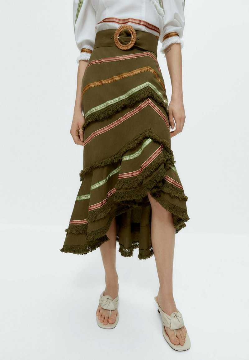 Uterqüe - MIT BÄNDERN  - Wrap skirt - green