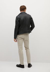 Mango - PERFECT - Leather jacket - schwarz - 2
