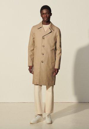 CAMDEN - Klassischer Mantel - beige