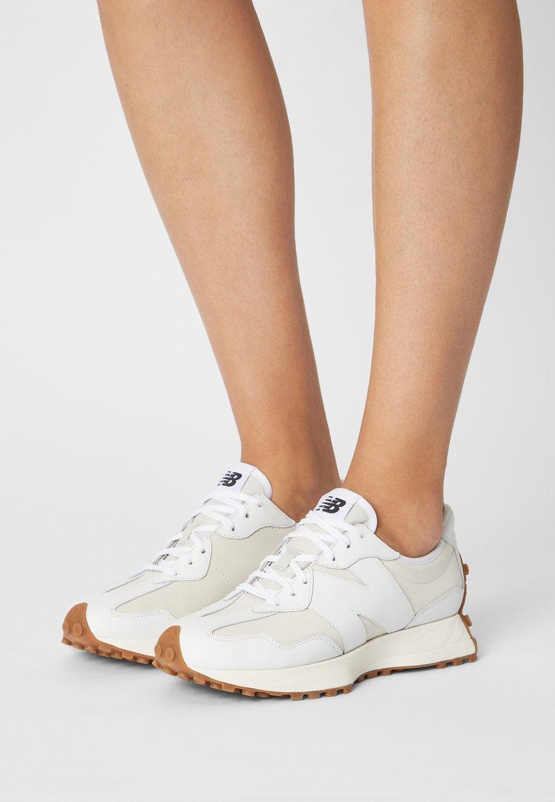New Balance - WS327 - Trainers - munsell white