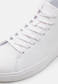 Pier One - Vysoké tenisky - white - 5