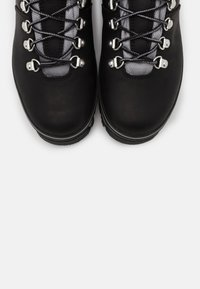Timberland - EURO HIKER WP BOOT - Lace-up ankle boots - black - 5