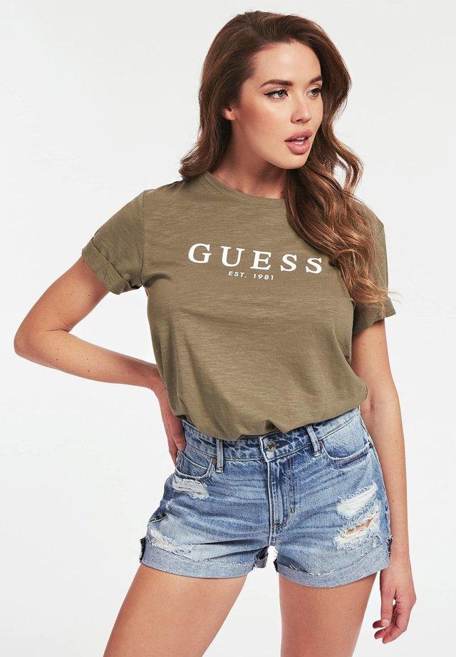 ROLL CUFF - T-Shirt print - grün