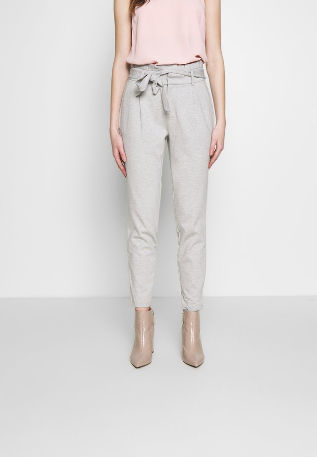 ONLPOPTRASH EASY PAPERBAG PANT - Pantalones - light grey melange