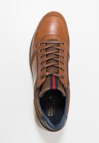 Bullboxer - Sneakers laag - cognac - 1
