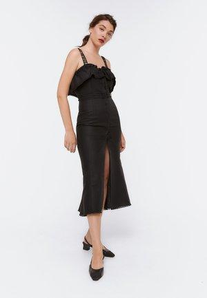 00517253 - Maxi šaty - black