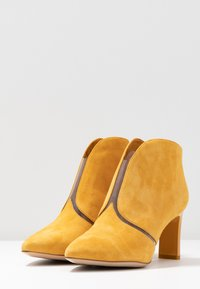 Tamaris - Boots à talons - safron - 4