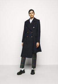 Vivienne Westwood - NUTMEG COAT - Classic coat - navy - 0