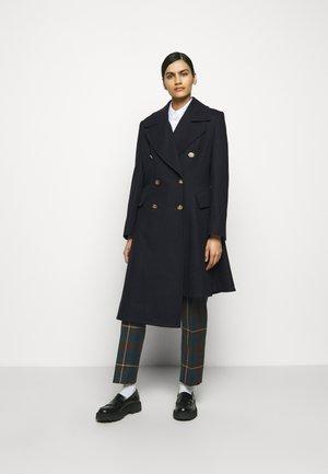 NUTMEG COAT - Zimní kabát - navy