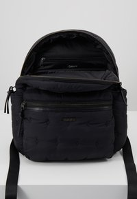 DAY Birger et Mikkelsen - DIAMOND - Rucksack - black - 4
