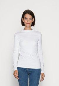 Esprit - HIGH NECK - Bluzka z długim rękawem - white - 0