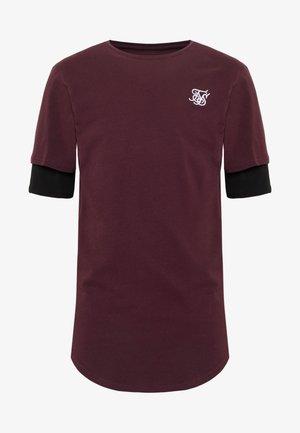 INSET SLEEVE GYM TEE - Basic T-shirt - black/red