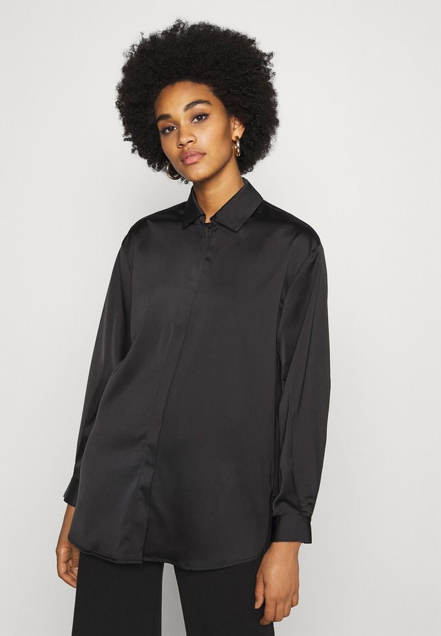 YASTERESA LONG - Overhemdblouse - black