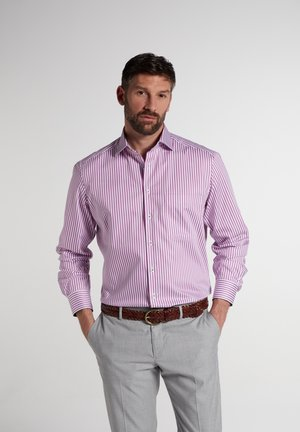 COMFORT FIT - Shirt - pink/weiss