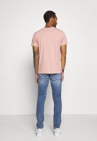 Scotch & Soda - Slim fit jeans - blue denim - 2