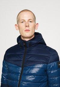 Calvin Klein - HOODED JACKET - Light jacket - blue - 3