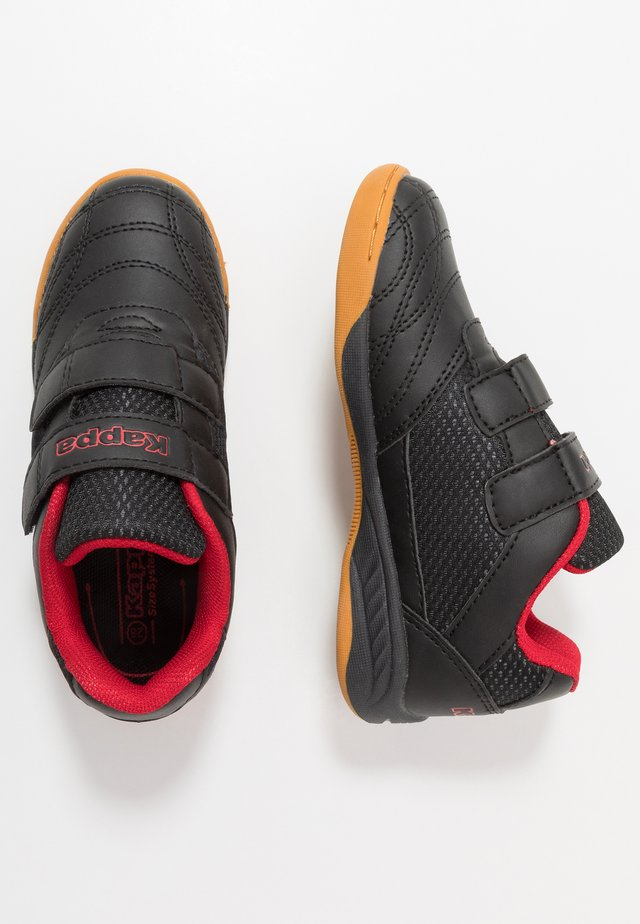 KICKOFF - Sports shoes - black/red